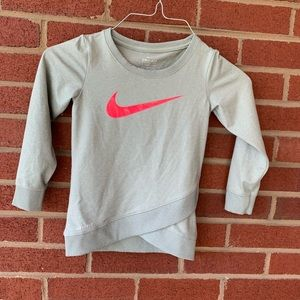 Nike dri fit sweat shirt top 3t